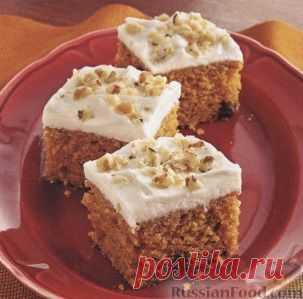 Тыквенные пирожные с глазурью из сливочного сыра. Рецепт вкусного десерта - тыквенные пирожные с глазурью из сливочного сыра. Пирожные получаются очень ароматными и пряными, благодаря добавлению корицы, имбиря и гвоздики.