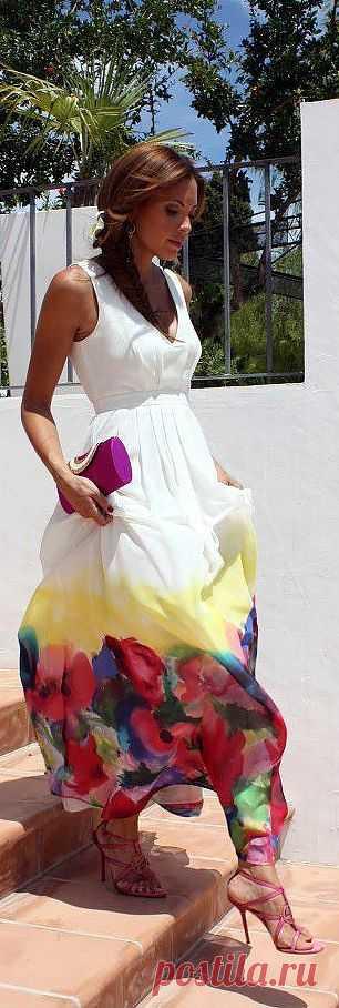 акварельное цветочное платье макси - обязательно надеть при первой же возможности