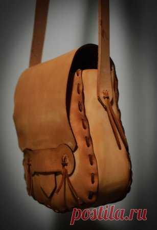 d1fda364e633 Как сшить кожаную женскую сумку через плечо своими руками: выкройка с  описанием