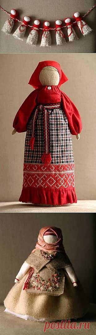 Народные куклы выполнены в традиционных мотивах. Для одежды автор использует ТОЛЬКО старые этнические материалы, которые ранее носили жители страны, региона. Автор кукол Лиза Арбузова.