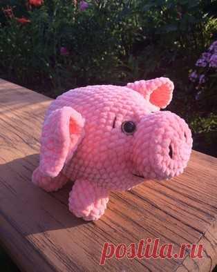 PDF Мини-Пиг Батон. Бесплатный мастер-класс, схема и описание для вязания игрушки амигуруми крючком. Вяжем плюшевую свинку своими руками! FREE amigurumi pattern. #амигуруми #amigurumi #схема #описание #мк #pattern #вязание #crochet #knitting #toy #handmade #поделки #pdf #рукоделие #свинка #свин #поросенок #поросёнок #свинья #pig #piglet #плюшевый #plush