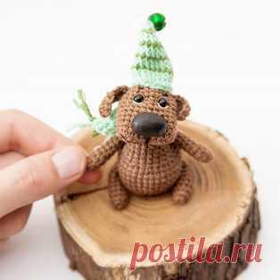 Маленький пёс с большим носом амигуруми. Схемы и описания для вязания игрушек крючком! Бесплатный мастер-класс от Ольги Лукошкиной по вязанию маленькой собачки с большим носом. Для изготовления игрушки автор использовал пряжу YarnArt Cot…
