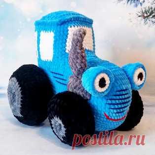 Синий трактор амигуруми. Схемы и описания для вязания игрушек крючком! Бесплатный мастер-класс от Светланы Седовой по вязанию синего трактора крючком. Высота вязаного транспорта около 19 см, ширина 18 см. Для изготовления…