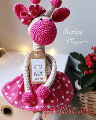 PDF Жирафка. Бесплатный мастер-класс, схема и описание для вязания игрушки амигуруми крючком. Вяжем игрушки своими руками! FREE amigurumi pattern. #амигуруми #amigurumi #схема #описание #мк #pattern #вязание #crochet #knitting #toy #handmade #поделки #pdf #рукоделие #жираф #жирафик #giraffe