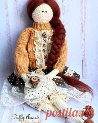 PDF Кукла Тильда. Бесплатный мастер-класс, схема и описание для вязания игрушки амигуруми крючком. Вяжем игрушки своими руками! FREE amigurumi pattern. #амигуруми #amigurumi #схема #описание #мк #pattern #вязание #crochet #knitting #toy #handmade #поделки #pdf #рукоделие #кукла #куколка #тильда #doll #tilda #КуклаТильда