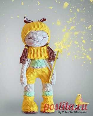 Кукла Улыбашка амигуруми. Схемы и описания для вязания игрушек крючком! Бесплатный мастер-класс по вязанию куклы Улыбашки крючком от Катюши Морозовой. Высота вязаной куколки примерно 21 см. Из описания схемы вы также узнае…
