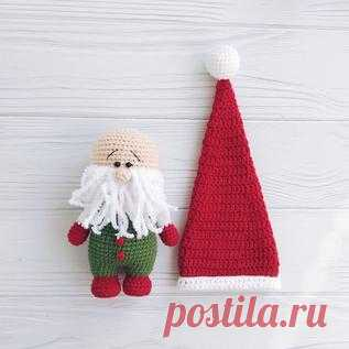 Бесплатный PDF мастер-класс по вязанию рождественского гнома крючком #схемыамигуруми #амигуруми #вязаныеигрушки #вязанаякукла #amigurumipattern #crochetdoll #amigurumidoll