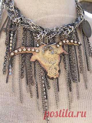 Колье из цепей,быка и креста / Украшения и бижутерия / Модный сайт о стильной переделке одежды и интерьера