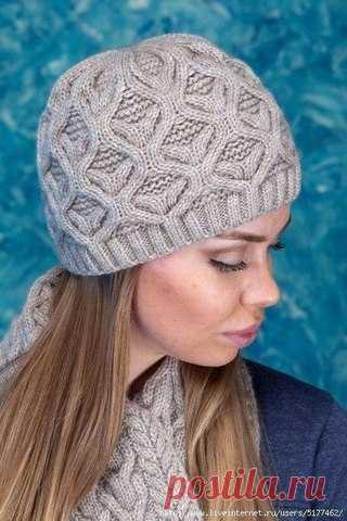 Узор для шапочки и шарфа спицами