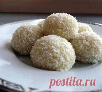 Конфеты Рафаэлло. Пошаговый рецепт с фото на Gastronom.ru
