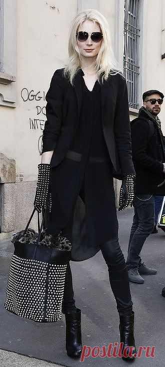 Клепок мало не бывает:-)? / Сумки, клатчи, чемоданы / Модный сайт о стильной переделке одежды и интерьера