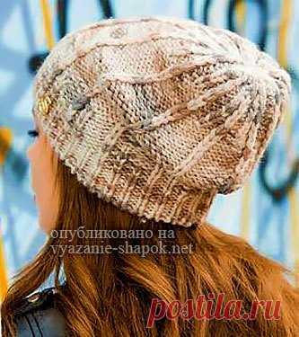 молодёжная шапка нэлли для девушек спицами вязание шапок модные