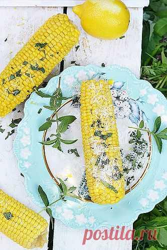 Кукуруза с мятой и сыром.
