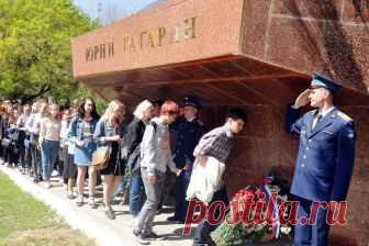 Ташкент: Гагарин и Бахрамов