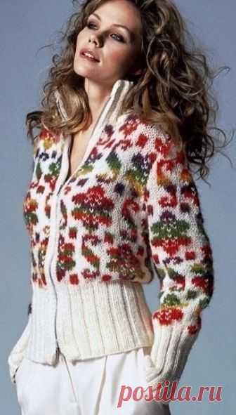 884e5e61c19 Жакет спицами с жаккардовым узором (Вязание спицами) Яркие фольклорные  мотивы сейчас модно использовать в