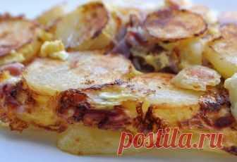 Картофель с сыром на сковородке