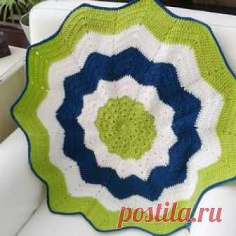 I crocheted this star blanket in these lovely vibrant colours to make a fun and unique item!