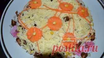 Салат с копченым куриным мясом, кукурузой и кириешками рецепт с фото
