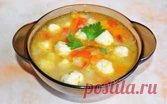 Очень вкусный овощной суп с сырными клецками — Едим дома