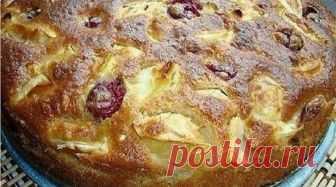 Ингредиенты ✓ яблок среднего размера — 4-5 шт ✓ сахара — 180 гр ✓ кефира — 1 стакан ✓ соды — 0,5 ч. ложки ✓ яйца — 2 шт ✓ ваниль — на кончике ножа ✓ мука- 1,5 стакана Рецепт приготовления Яйца взбиваем с сахаром. В кефир, добавить муку, соду и ванилин (по желанию), ввести … Читать далее Шарлотка яблочная с вишней. Уверена, такую вкусную, Вы еще не пробовали!