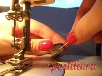 Как использовать резиновые нитки (Шитье и крой) Как шить ниткой резинкой? Технология пошива с использованием нитки резинки.  🎬Список курсовот Паукште И.М 📀Видео-курс: Крой по системе 10 мерок 📀Моделирование и пошив жакета Шанель 📀Пл…
