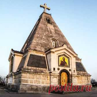 Церковь Николая Чудотворца на Братском кладбище  Фото: fotografsevastopol