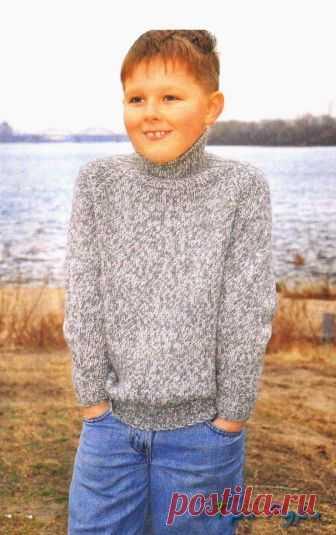 Простой свитер-реглан мальчику 9-10 лет