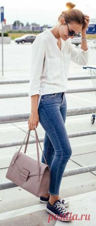 Всегда в тренде. Джинсы + белые блузы. — Модно / Nemodno
