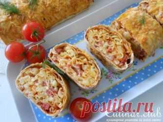 Пицца с фузилли в лаваше или рулет с макаронами