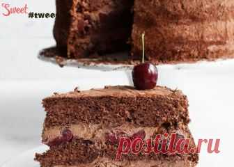 Chocolate and Cherry cake | Sweet Twittes