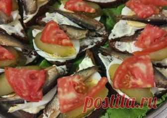 Бутерброды со шпротами #непп Автор рецепта Светлана - Cookpad