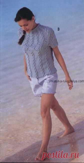 Пуловер спицами с круглой кокеткой Пуловер для лета с круглой кокеткой спицами. Пуловер с узором коса спицами