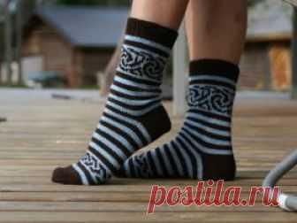 4c0dfa10829f6 Полосатые носки с узором Красивые шерстяные носки для женской ножки,  связанные на спицах. В