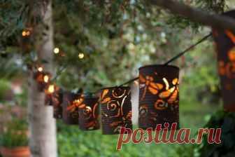 Невероятные садовые фонарики своими руками Садовые фонарики, сделанные своими руками — отличный вариант декора сада.Они украсят любой участок и привнесут прекрасного в декорирование пространства около дома. Такие способы оформления садового у...