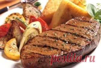 4 простых рецепта, как превратить жесткое мясо в мягкое и сочное 4 простых рецепта, как превратить жесткое мясо в мягкое и сочноеИногда мы сталкиваемся с тем, что купленное нами мясо слишком жилистое. После приготовления оно получается жестким, и трудно жуется. Что…