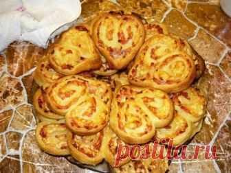 Печенье с сыром и мясом