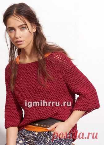 Красный пуловер с узором из пышных столбиков. Вязание крючком