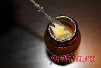 Мазь прополисная с пчелиным подмором: рецепт, применение