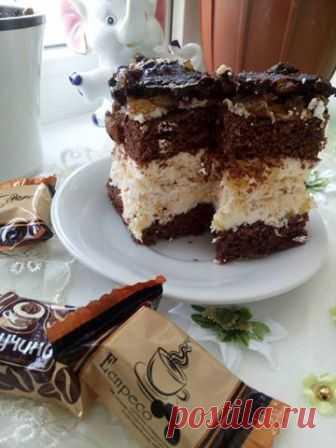 Оля Маланюк - #пляцок_фрiц Тiсто: 4яйця 1 скл.цукру 2 ст.л.какао...