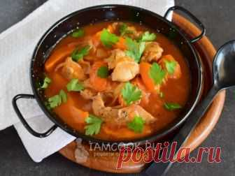 Курица с абрикосами — рецепт с фото Обязательно приготовьте это блюдо в сезон абрикосов, это очень вкусно! Я его часто подаю на праздничный стол!