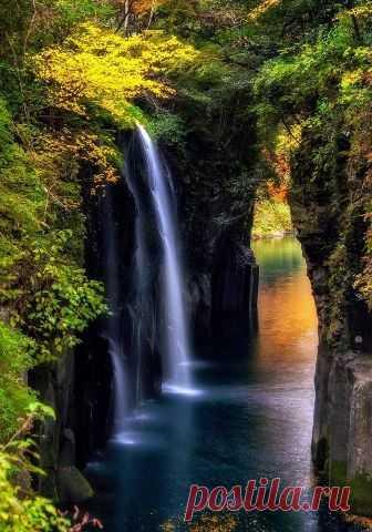"""lifeisverybeautiful: """"Manai Falls, Japan by Satoru Fukuda via TOKYOCAMERACLUB """""""
