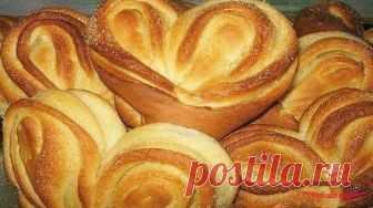 Самые вкусные и нежные плюшки Московские с сахаром Ароматные плюшки сами просятся, чтобы их скушали с ароматным чаем или молоком. Готовятся они довольно просто