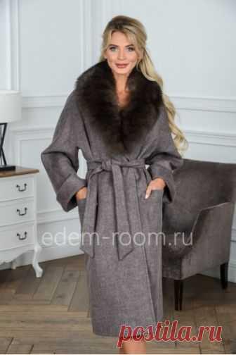 909bb71c5d5 Женское пальто с меховым воротником