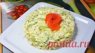 Салат с капустой, яйцом, огурцом и зелёным горошком. Пошаговый рецепт вкусного и быстрого салата — Кулинарная книга - рецепты с фото