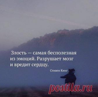 (4) Facebook