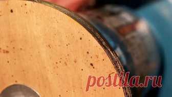 Используем деревянный диск для быстрой наточки ножей Известно множество способов заточки, после правильного использования которых, режущие качества ножей становятся сравнимыми с остротой бритв. По крайней