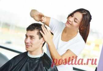 Почему жене нельзя стричь мужа? Не все мужчины торопятся в парикмахерскую, когда им нужно постричься.Мужские стрижки считаются довольно простыми, поэтому в некоторых случаях представители сильного пола предпочитают доверить ножницы...
