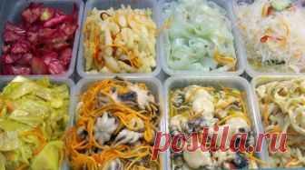 Салаты по-корейски. 6 обалденно вкусных рецептов! Для всех любителей корейских салатов, мы подготовили эту замечательную подборку рецептов. Эти корейские салаты очень понравятся вашим близким, пошаговый рецепт в  помощь!