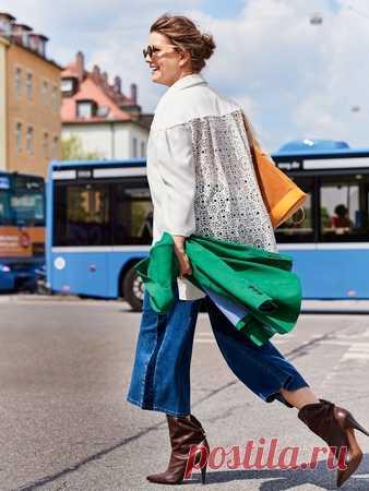 Блузка с ажурной спинкой - выкройка № 401 B из журнала 2/2017 Burda. Мода для полных – выкройки блузок на Burdastyle.ru