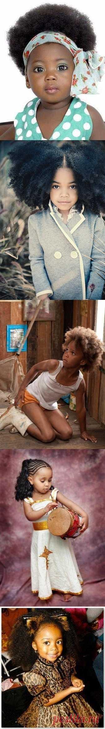 Юные красотки с африканскими корнями